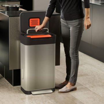 おしゃれで機能的なゴミ箱!ゴミを1/3にする「クラッシュボックス」